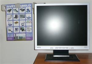 Držiak papiera k monitoru, plastový