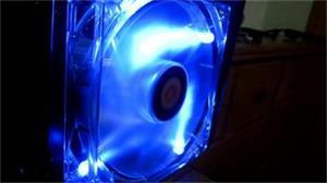 Thermaltake AF0032 Thunderblade 12cm Blue